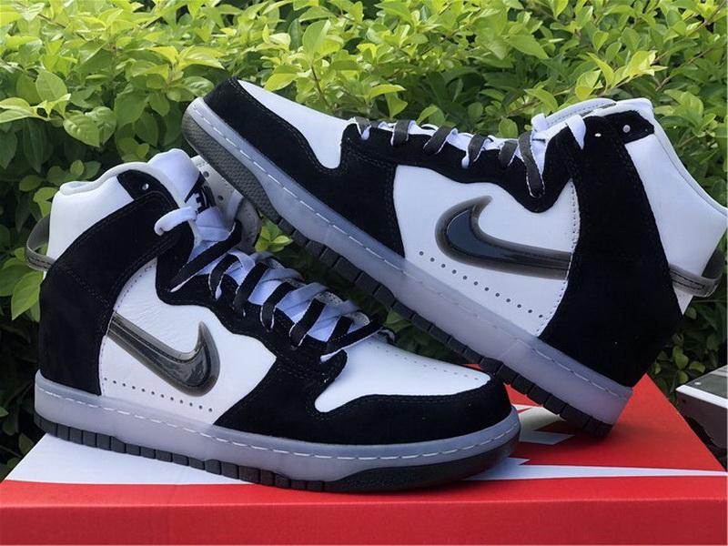 Authentic Slam Jam x Nike Dunk High Black