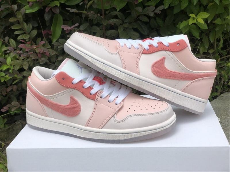 Authentic Air Jordan 1 Low SE Pink