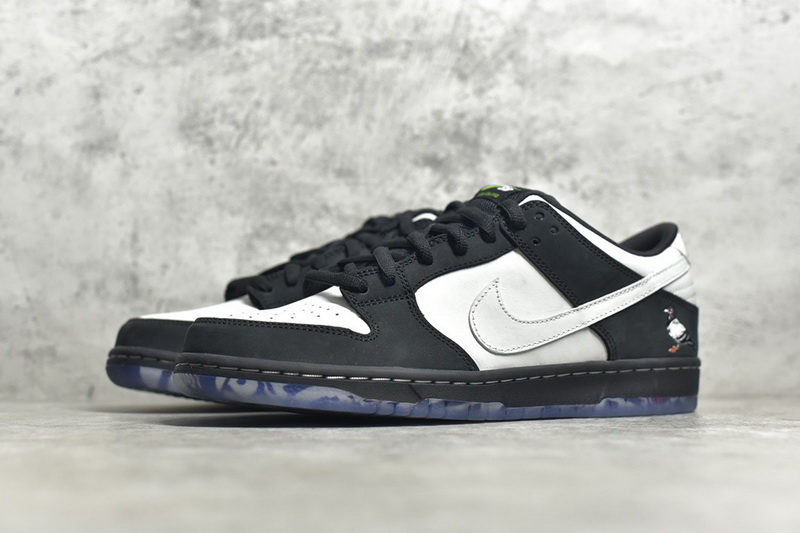 Authentic Staple x Nike Dunk SB Low Pro