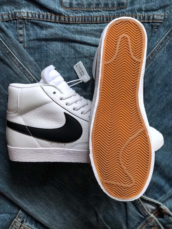 Authentic Nike Blazer Mid Retro-001
